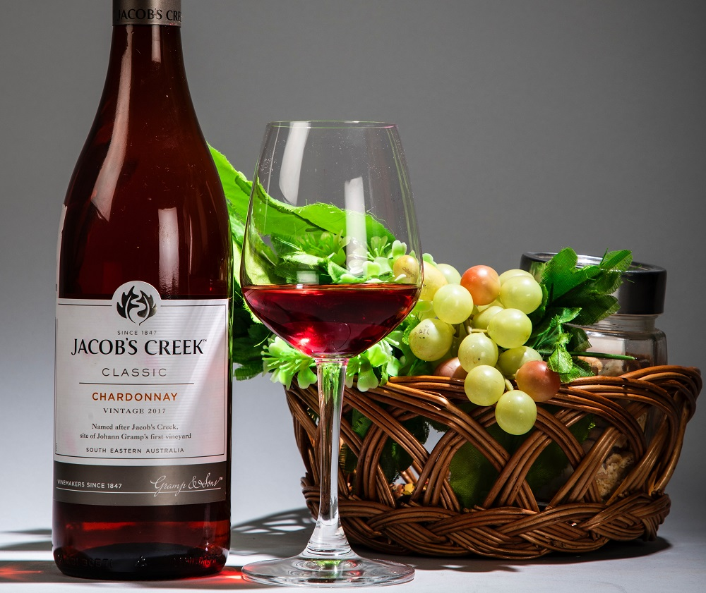 Most Common Fruity Wines (Beginner's Guide)